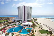 Your 4th night is free in Cancun